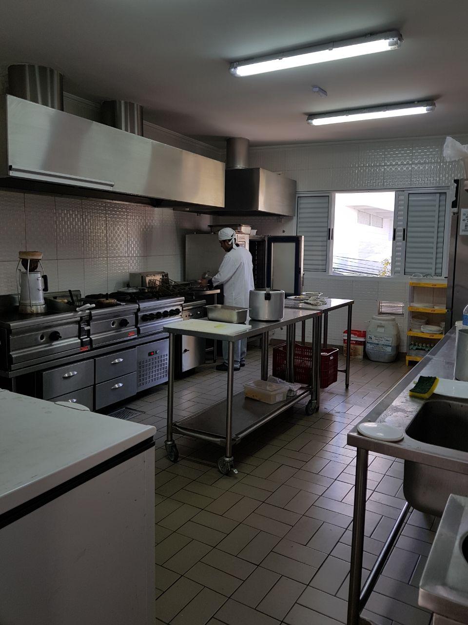 Ponto Comercial com instalação de Restaurante - Padaria com Cozinha Industrial - Ponto Comercial
