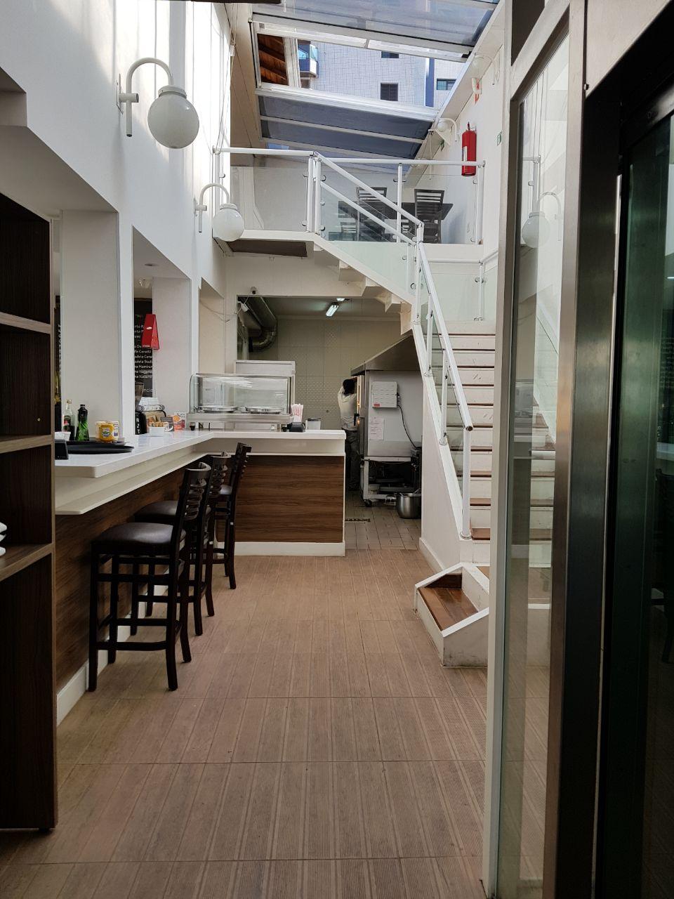 Ponto Comercial com instalação de Restaurante - Padaria com Elevador para Deficiente - Ponto Comercial