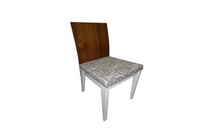 Tabano - Cadeira Base de madeira encosto de madeira e assento estofado