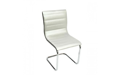 Tabano - Cadeira Loft Estrutura tubular assento e encosto estofado