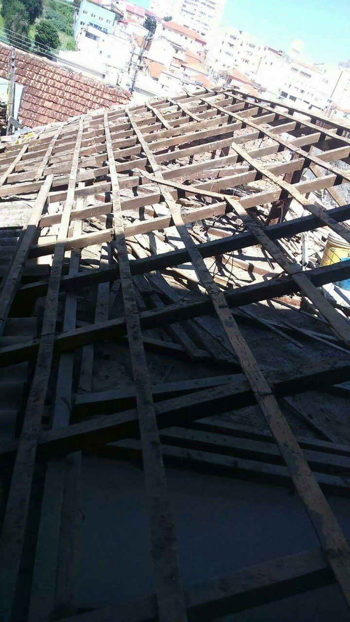 Telhado Reforma de Madeiramento com Uma Queda D'água - Serviços em Telhado na Casa Verde
